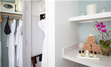 Coastal View - Closet Space - Private Safe