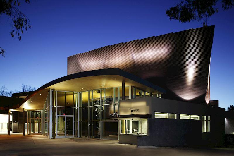 Enjoy The Arts & Culture in La Jolla