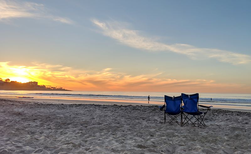 La Jolla Shores Hotel two beach chairs at sunset