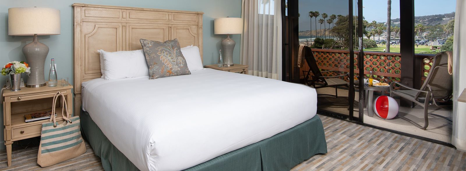 Stay Two Nights and Get the Third Night Free at La Jolla Shores Hotel