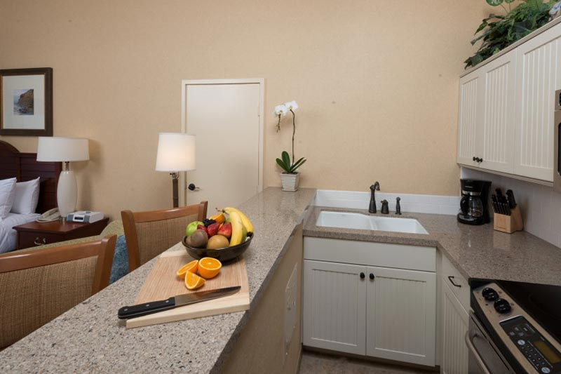Beachfront Room with Kitchenette at La Jolla Shores Hotel California