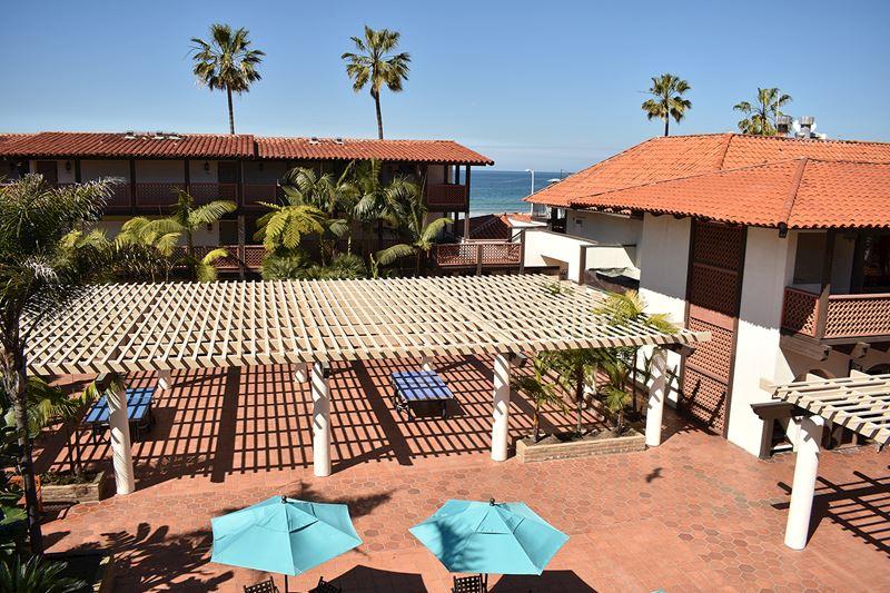 Garden Patio with Kitchenette at La Jolla Shores Hotel California