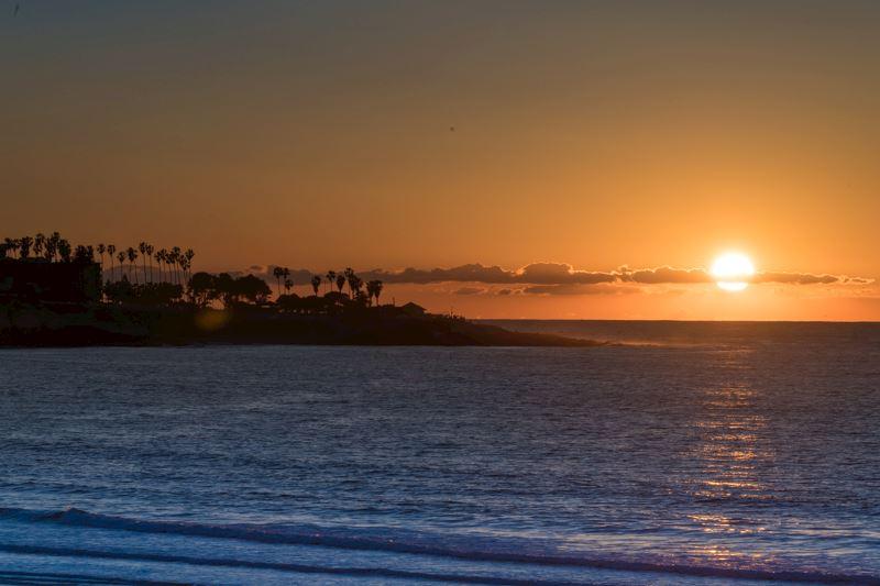 ADA Accessible Beachfront Room Coastal View Room at La Jolla Shores Hotel California