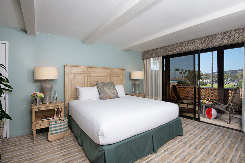 Coastal View Room with Kitchenette at La Jolla Shores Hotel California