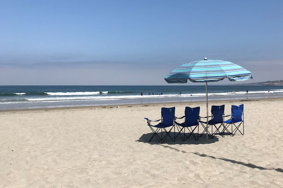 Beach Perks: Chairs, Umbrallas, Towels, Bbq Rentals-California Hotel