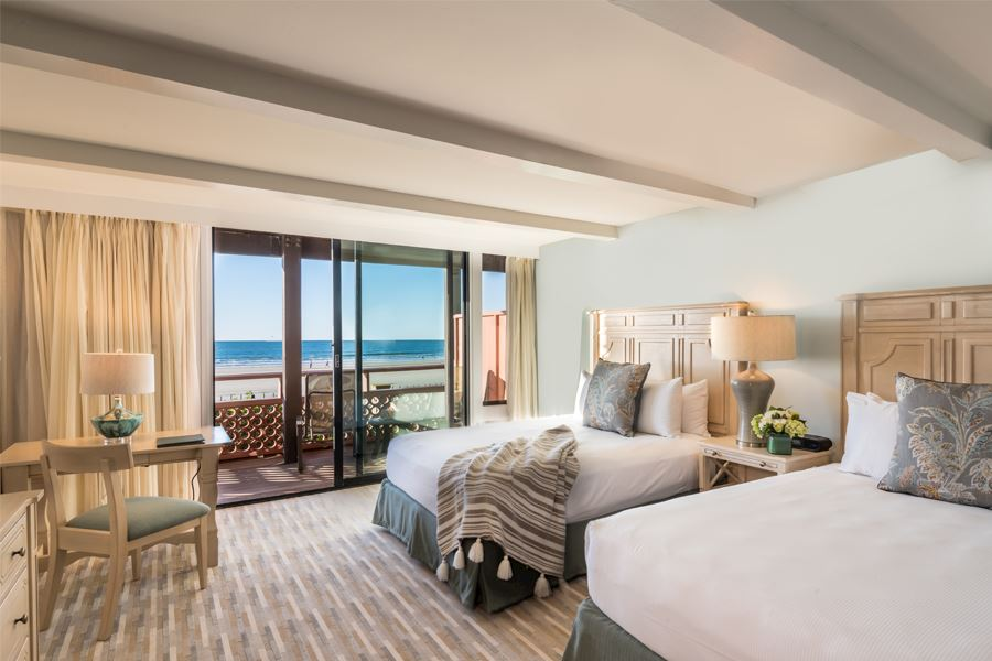 Oceanfront Location Near San Diego, La Jolla Shores Hotel California