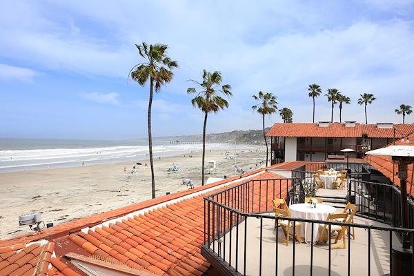 Acapulco Room of La Jolla Shores Hotel California