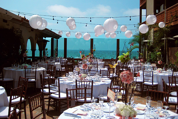 Shores Patio of California Hotel